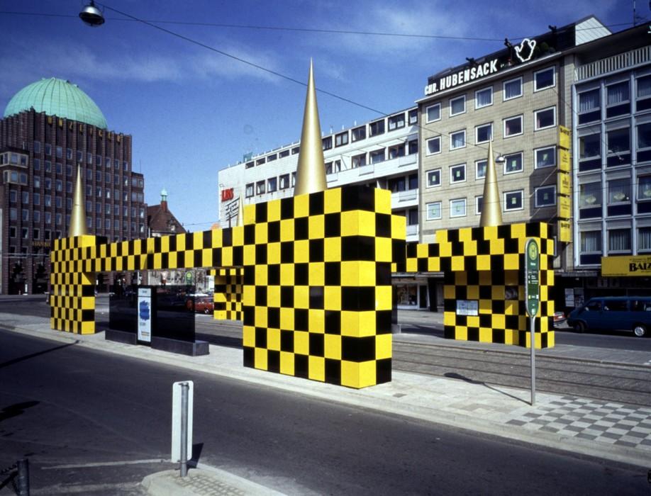 Przystanek autobusowy w Hannoverze, proj. Atelier Mendini (źródło: materiały prasowe organizatora)
