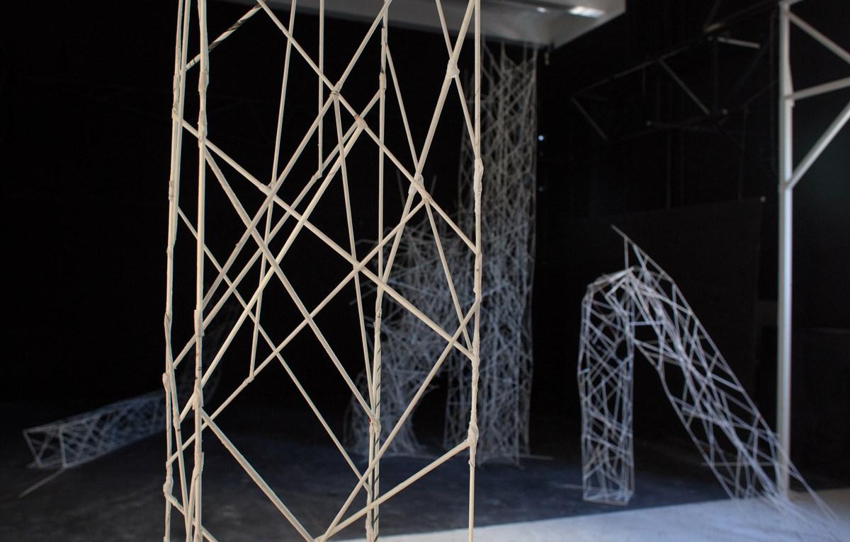 Wydział Rzeźby. Gaja Majewska, Bez tytułu, papier, detal (źródło: materiały prasowe organizatora)