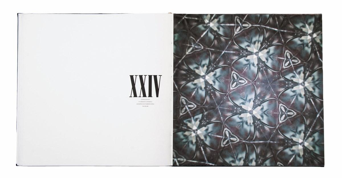 Wydział Grafiki. Iga Alberska, Księga, druk cyfrowy, 45x45 cm (źródło: materiały prasowe organizatora)