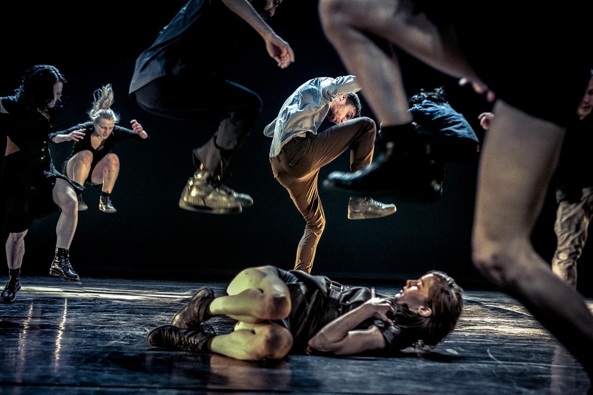 """III edycja Międzynarodowego Festiwalu Tańca Współczesnego """"KRoki"""" WTB©DannyWillems (źródło: materiały prasowe)"""