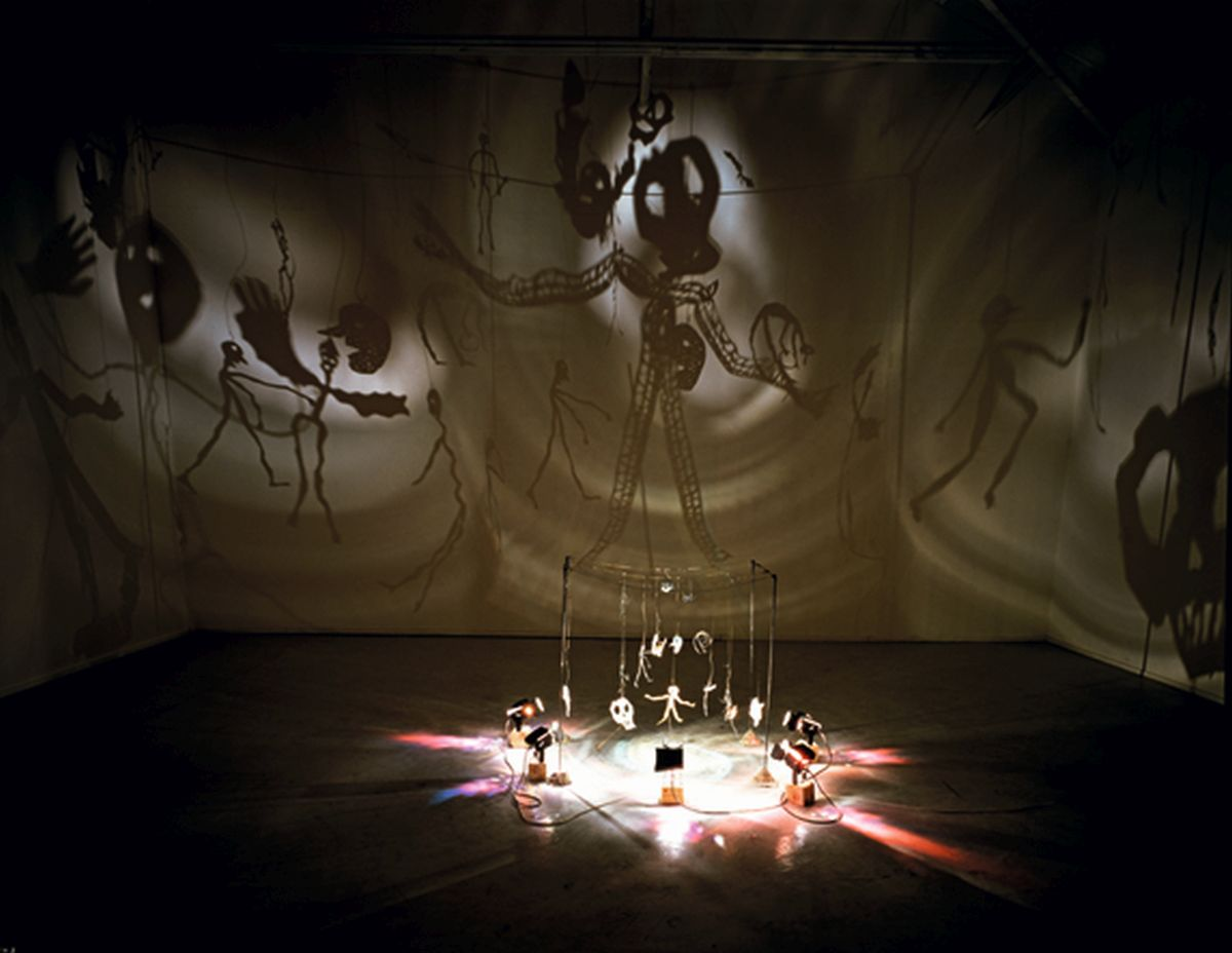 Christian Boltanski, theatre d'ombres, Mito, Japonia, 1990 (źródło: materiały prasowe)