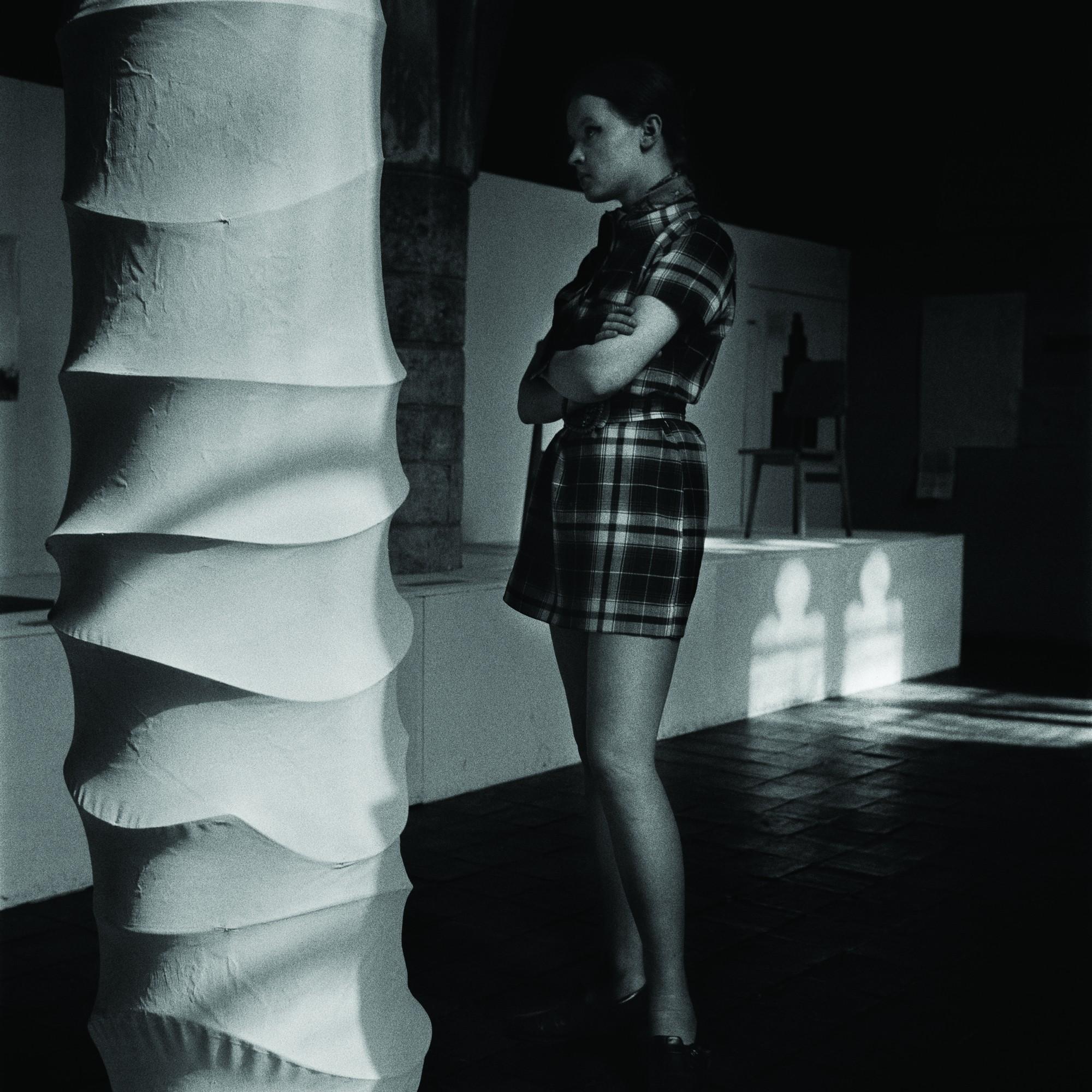 Anastazy B. Wiśniewski, Centrum Sztuki (Pręgierz), Sympozjum Wrocław '70, fot. Tadeusz Rolke ⓒ Muzeum Współczesne Wrocław (źródło: materiały prasowe organizatora)