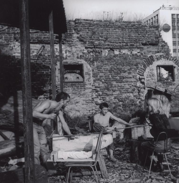 Pracownia rzeźby, Grzegorz Klaman i Kazimierz Kowalczyk, lata '80, Wyspa Spichrzów (źródło: materiały prasowe organizatora)