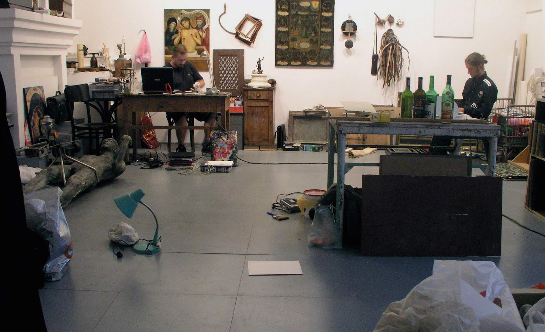 """Rober Kuśmirowski, """"Eksperymentalne studio anatomiczne"""", 2005 (źródło: materiały prasowe organizatora)"""