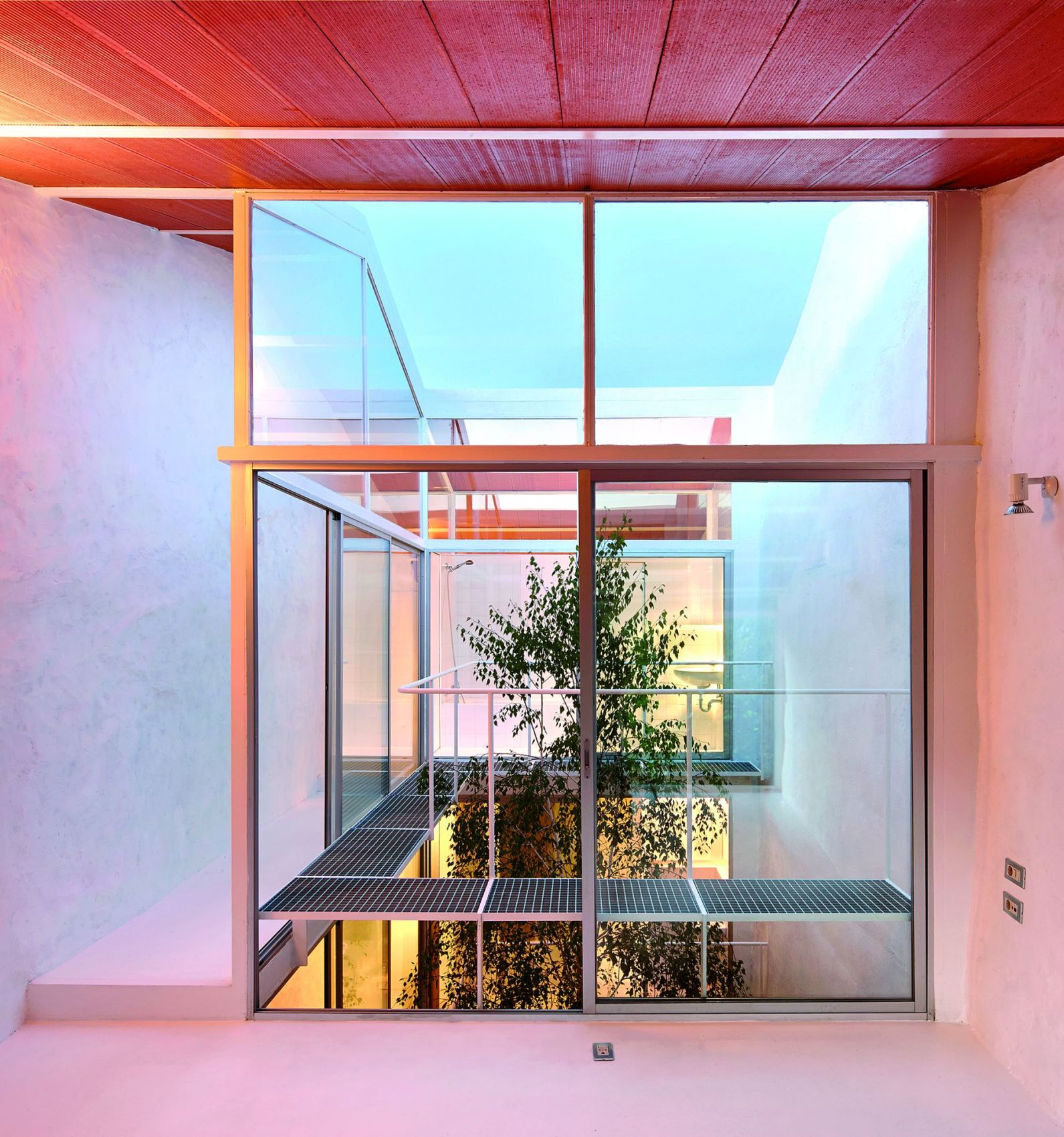 Luz House, Cilleros, Emerging Architects, fot. Jose Hevia (źródło: materiały prasowe organizatora)