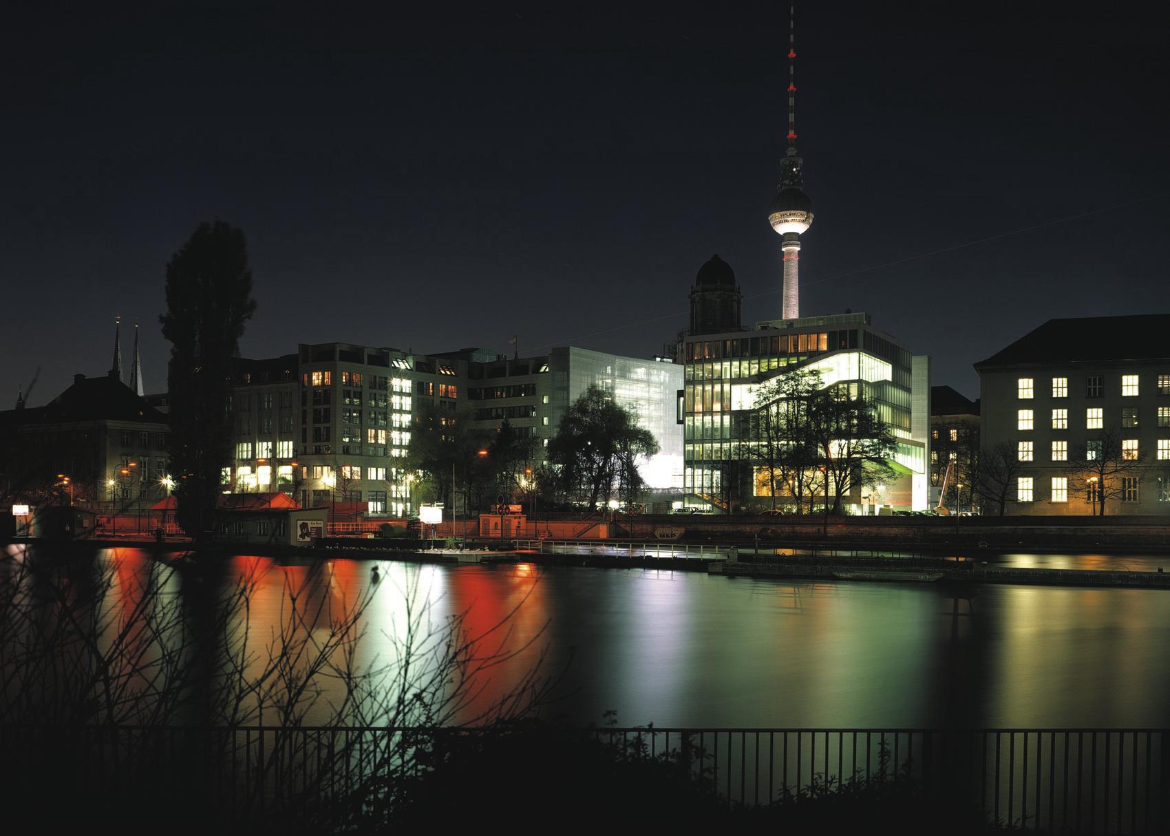 Rem Koolhaas, Ambasada Holandii w Niemczech, Nagroda Unii Europejskiej w dziedzinie architektury współczesnej – Mies van der Rohe Award, 2005 (źródło: materiały prasowe organizatora)