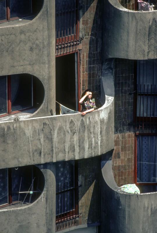 Zespół mieszkaniowy na placu Grunwaldzkim, fot. Chris Niedenthal, 1982 (źródło: materiały prasowe organizatora)