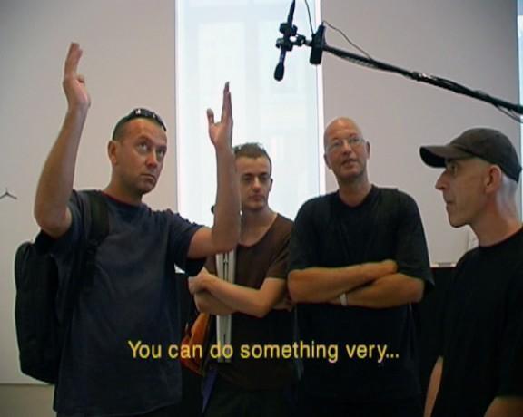 """Supergrupa Azorro, """"The Best Gallery"""", 2002, wideo (źródło: materiały prasowe organizatora)"""