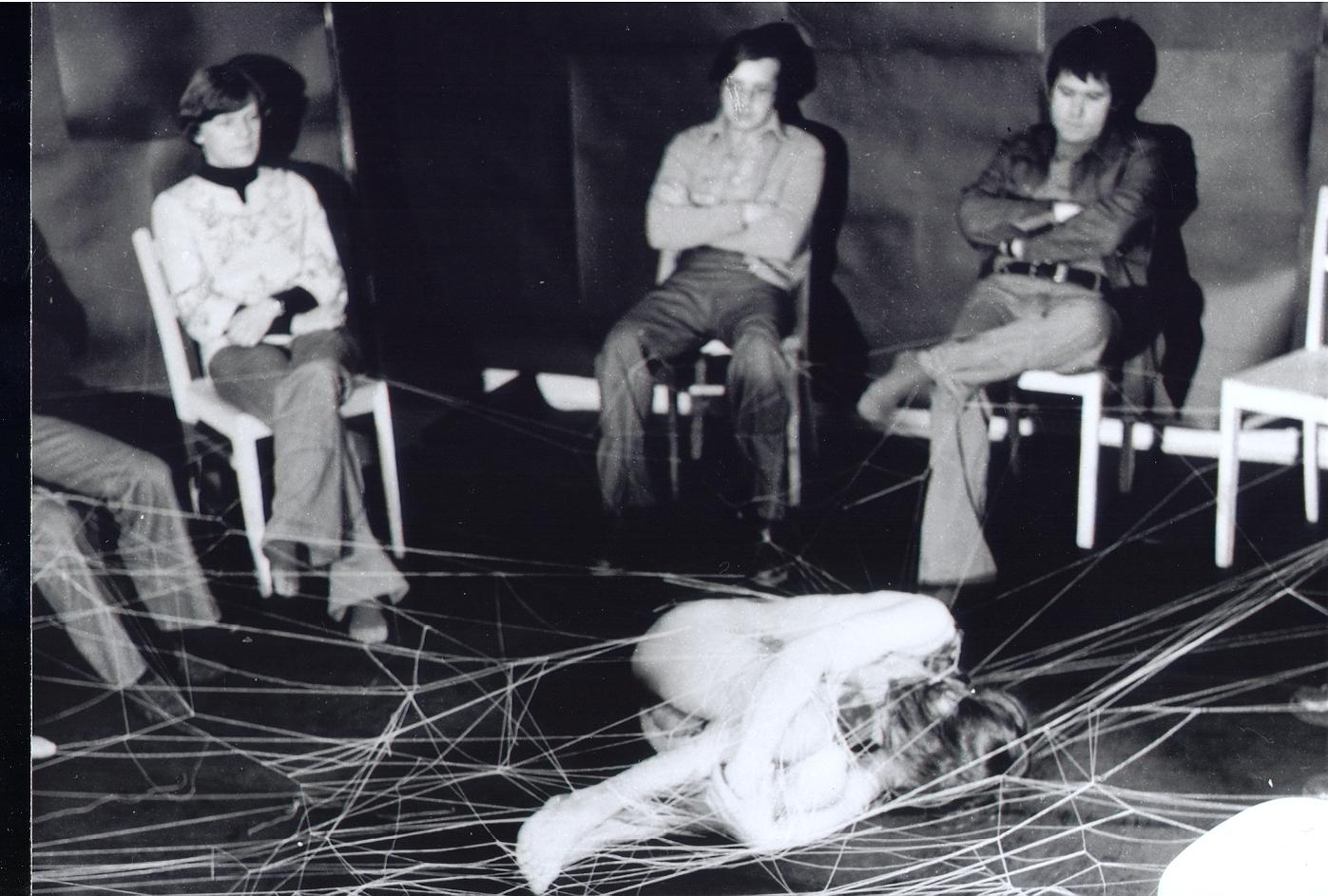 """Krzysztof Jung, """"Przemiana (Wojtkowi Karpińskiemu)"""", 1978, fot. K. Jung Archiwum Repassage, Muzeum Akademii Sztuk Pięknych w Warszawie (źródło: materiały prasowe organizatora)"""