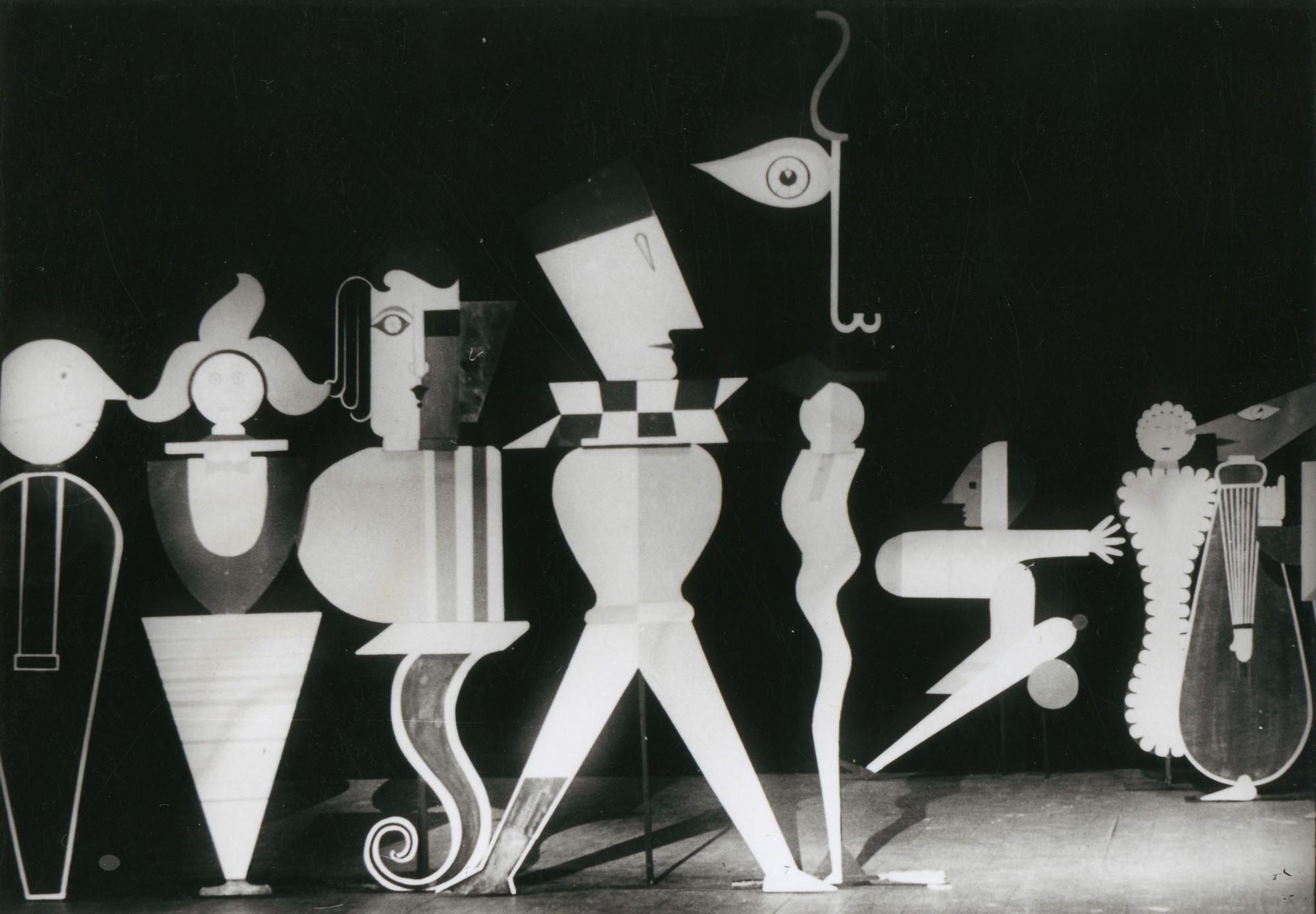 """Gabinet figur"", 1927, fot. Strauch/Halle (?), wł. Bauhaus-Archiv Berlin (źródło: materiały prasowe organizatora)"