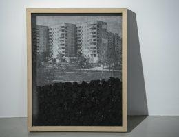 """Nikita Kadan, """"Spostrzeżenia na temat archiwów"""", 2017, fot. Wojciech Pacewicz (źródło: materiały prasowe organizatora)"""