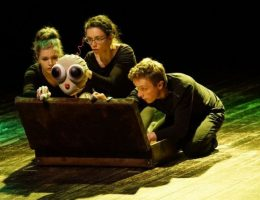 "Teatr Dimmi, ""Śpij, kochana"" (źródło: materiały prasowe organizatora)"