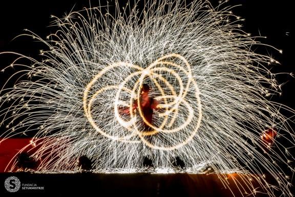 Gala Fireshow. 40. Europejska Konwencja Żonglerska (źródło: materiały prasowe organizatora)