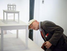 """Wystawa """"W poczekalni"""", fot. Przemysław Sroka (źródło: materiały prasowe)"""