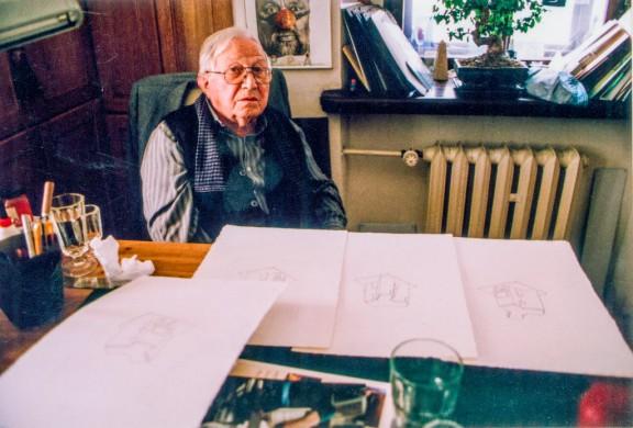 """Praca nad cyklem """"cd. Nauki chodzenia"""", na zdjęciu Tadeusz Różewicz, fot. Janusz Stankiewicz (źródło: materiały prasowe organizatora)"""