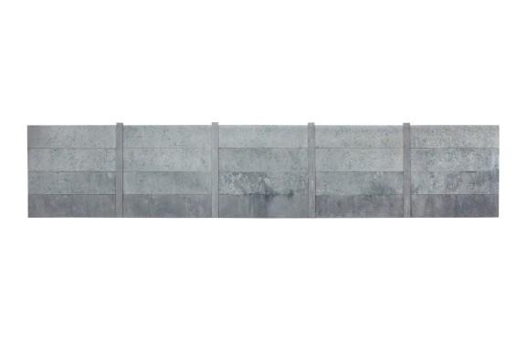"""Janusz Oskar Knorowski, """"Ogrodzenia betonowe"""" , fot. Agnieszka Aleksiewicz (źródło: materiały prasowe organizatora)"""
