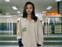 """Mark Curran, """"Bethlehem, maklerka (negocjacje: 1,5 roku)"""", Ethiopian Commodity Exchange (ECX), Addis Abeba, Etiopia, wrzesień 2012, z projektu RYNEK (2010–obecnie) © Mark Curran (źródło: materiały prasowe organizatora)"""