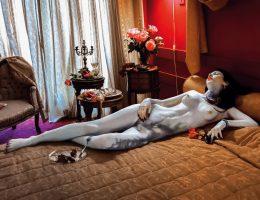 """Joanna Nowek """"Nadia 1"""" z cyklu """"Sleeping Beauty"""", 2006–2007 (źródło: materiały prasowe organizatora)"""