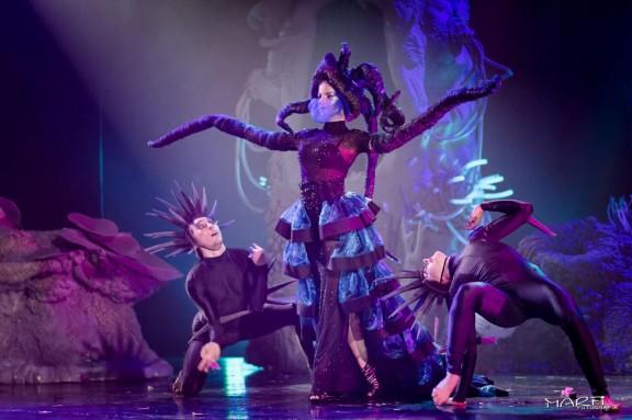 """""""Teatr tańca V6"""", II Międzynarodowy Teatr Tańca Scena Otwarta, Centrum Sztuki Mościce (źródło: materiały prasowe organizatorów)"""