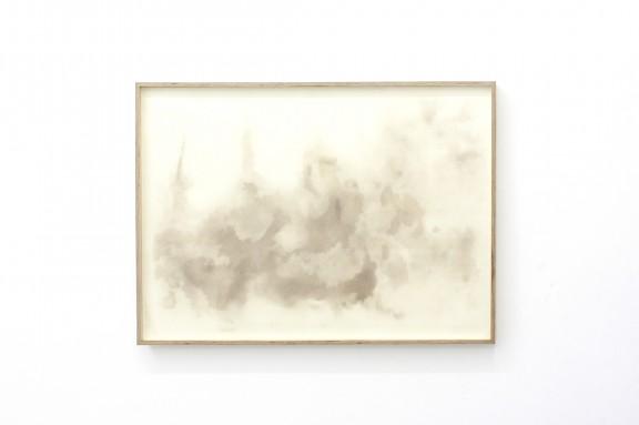 """Ella Littwitz, """"Aerozol"""", 2018 pył, papier, 98 × 67,5 cm dzięki uprzejmości Harlan Levey Projects (materiały prasowe organizatora)"""