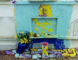 """Małgorzata Żerwe, """"Pocztówki z cmentarza"""", USA, Nowy Orlean, fot. Małgorzata Żerwe, Muzeum Narodowe w Gdańsku (źródło: materiały prasowe organizatora)"""