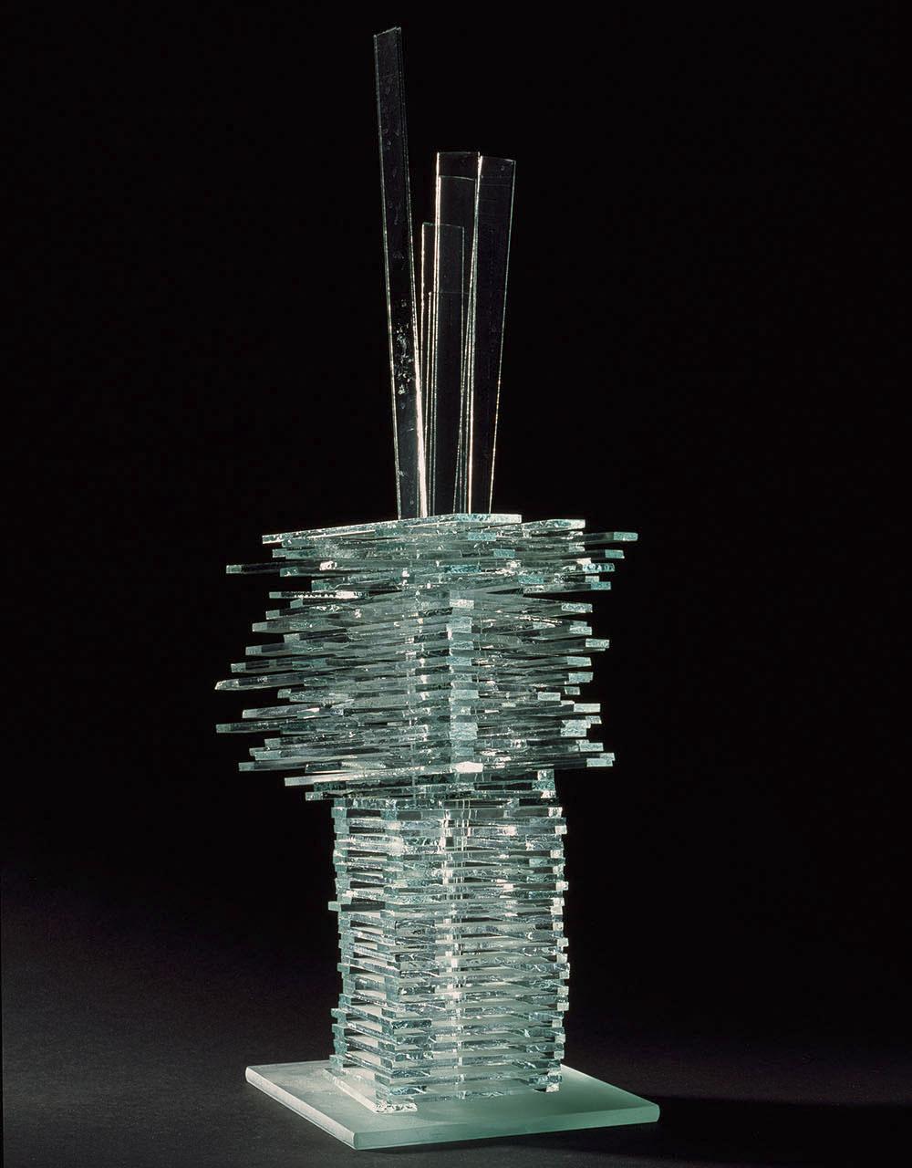 """Alojzy Gryt, """"Szkło (nowe struktury)"""", 1975–2010 szkło, fot. Stanisław Sielicki (źródło: materiały prasowe organizatora)"""